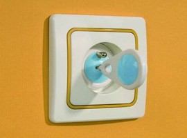 BABY ONO Zabezpieczenia gniazd elektrycznych 950